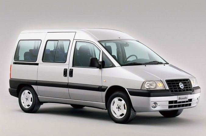 Fiat - Scudo 9 Seats300€ for 7 days!550€ pour 14 jours!